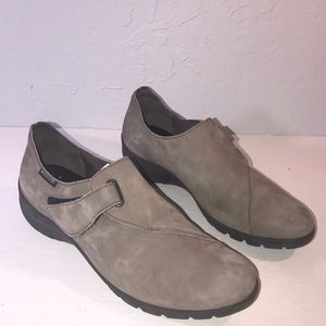 Mephisto Air Jet Suede Flats Slip On Shoes Leather